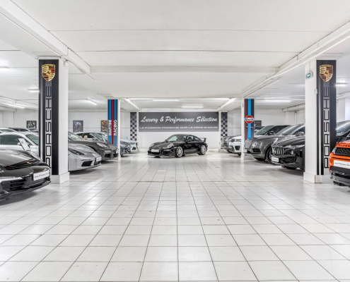 Showroom - Luxury & Performance Selection